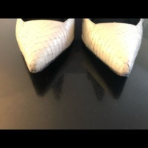Dolce Vita Shoes - Dolce Vita Black and White Pointy Toe Kadyn Pumps